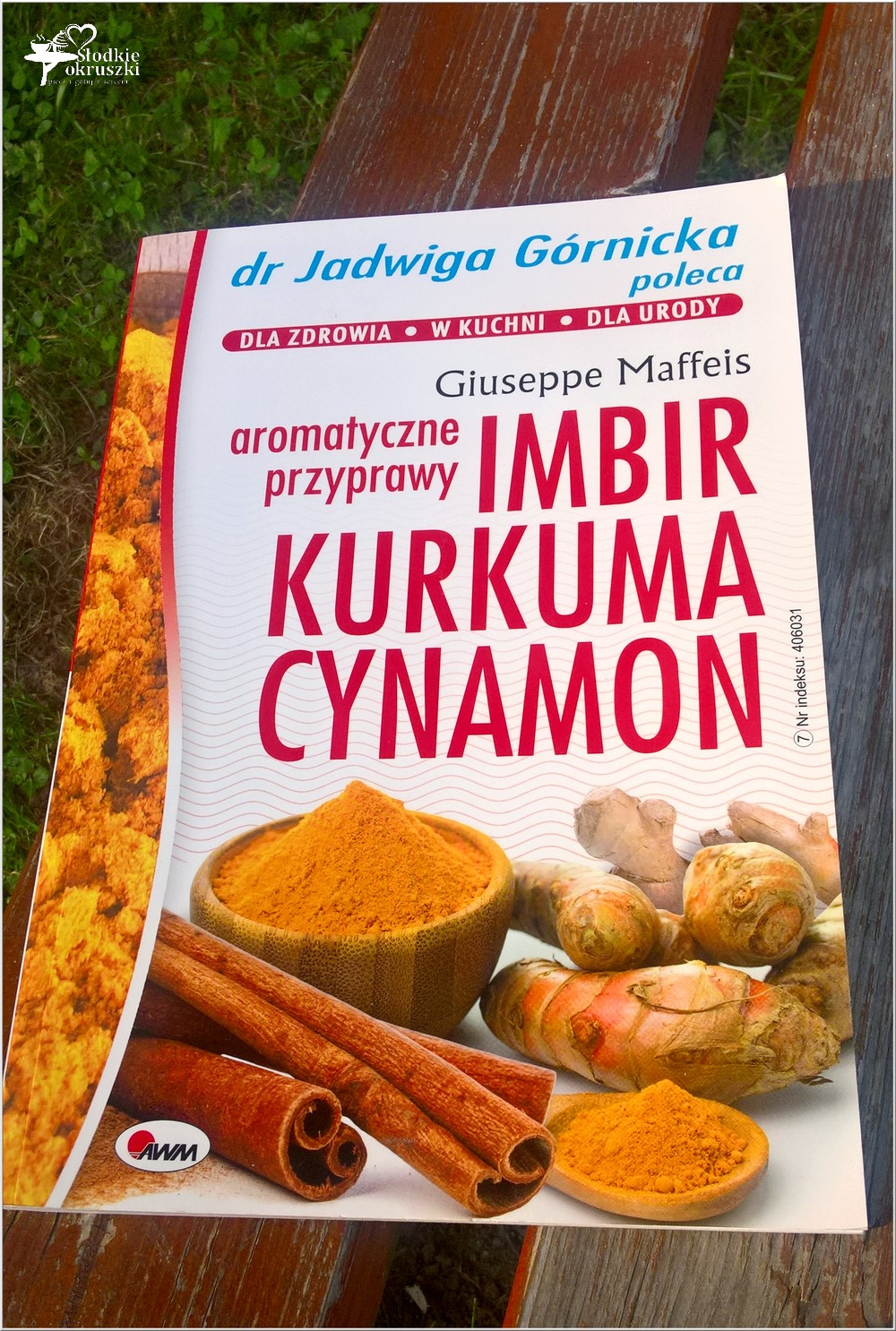 Aromatyczne przyprawy. Imbir, kurkuma, cynamon (1)