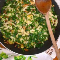 Szybki makaron z cukinią i pieczarkami (1)
