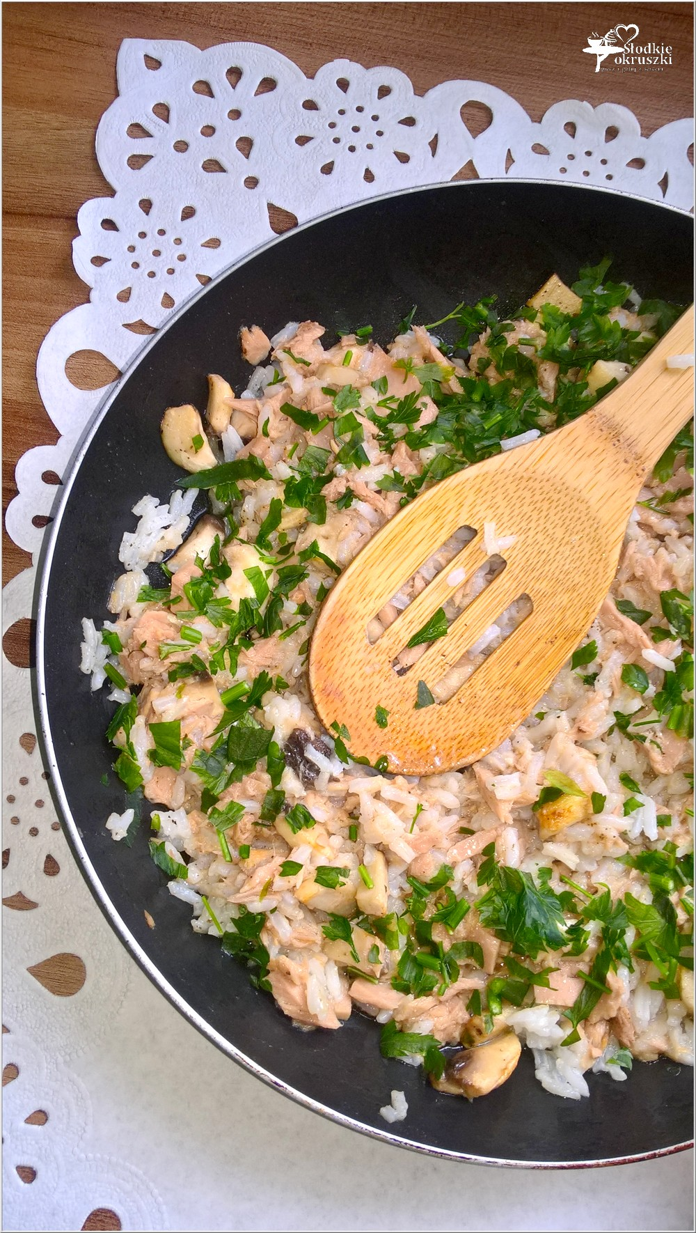 Szybki ryż z tuńczykiem i pieczarkami (1)