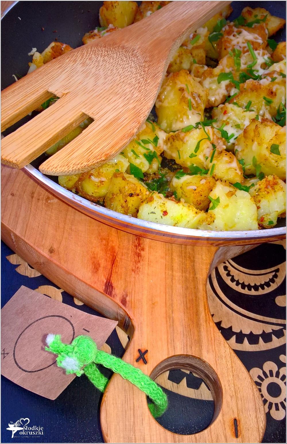 Chrupiące ziemniaczki z ziołami i serem (z patelni) (2)