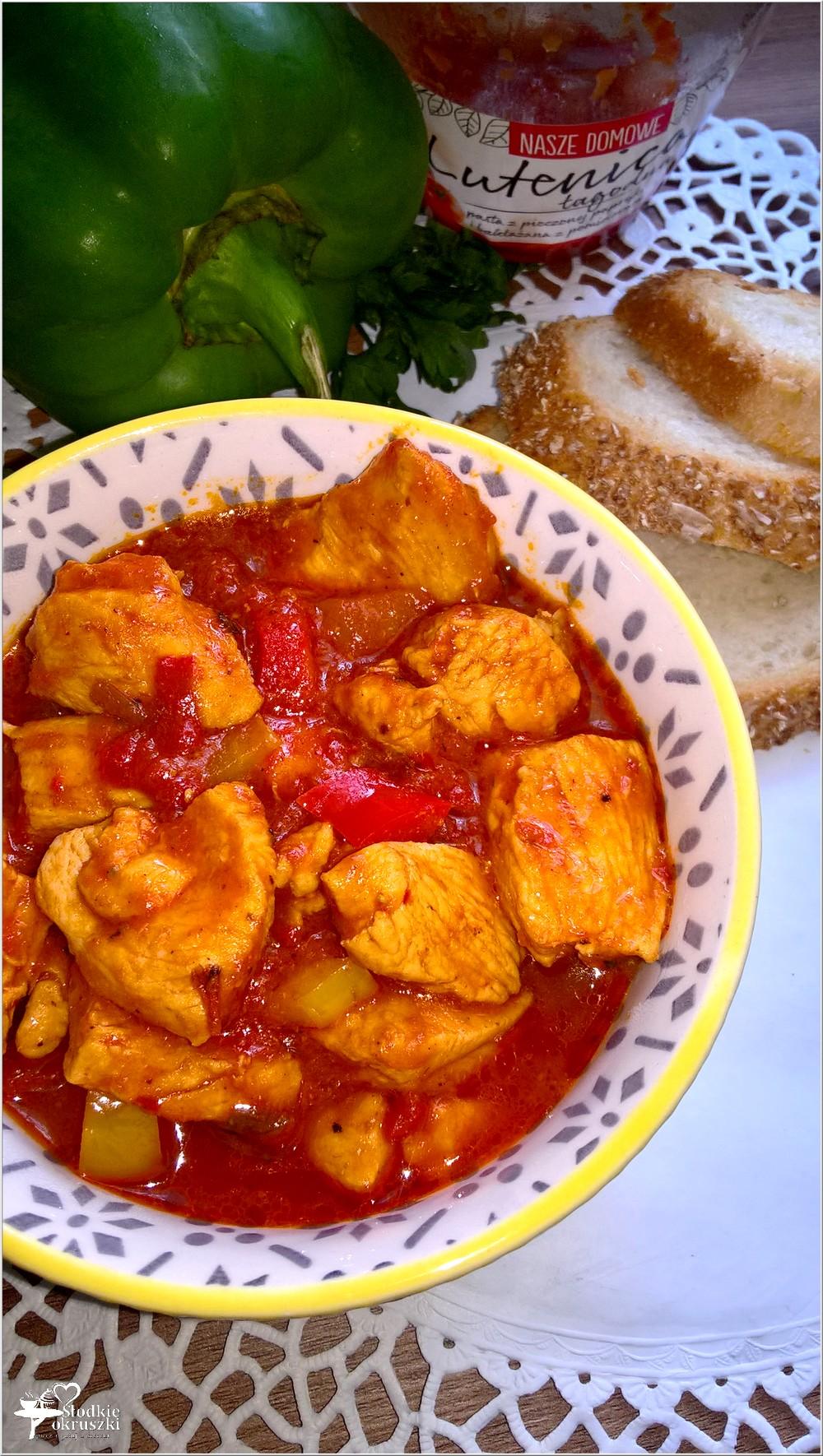 Kurczak w paprykowym sosie (3)