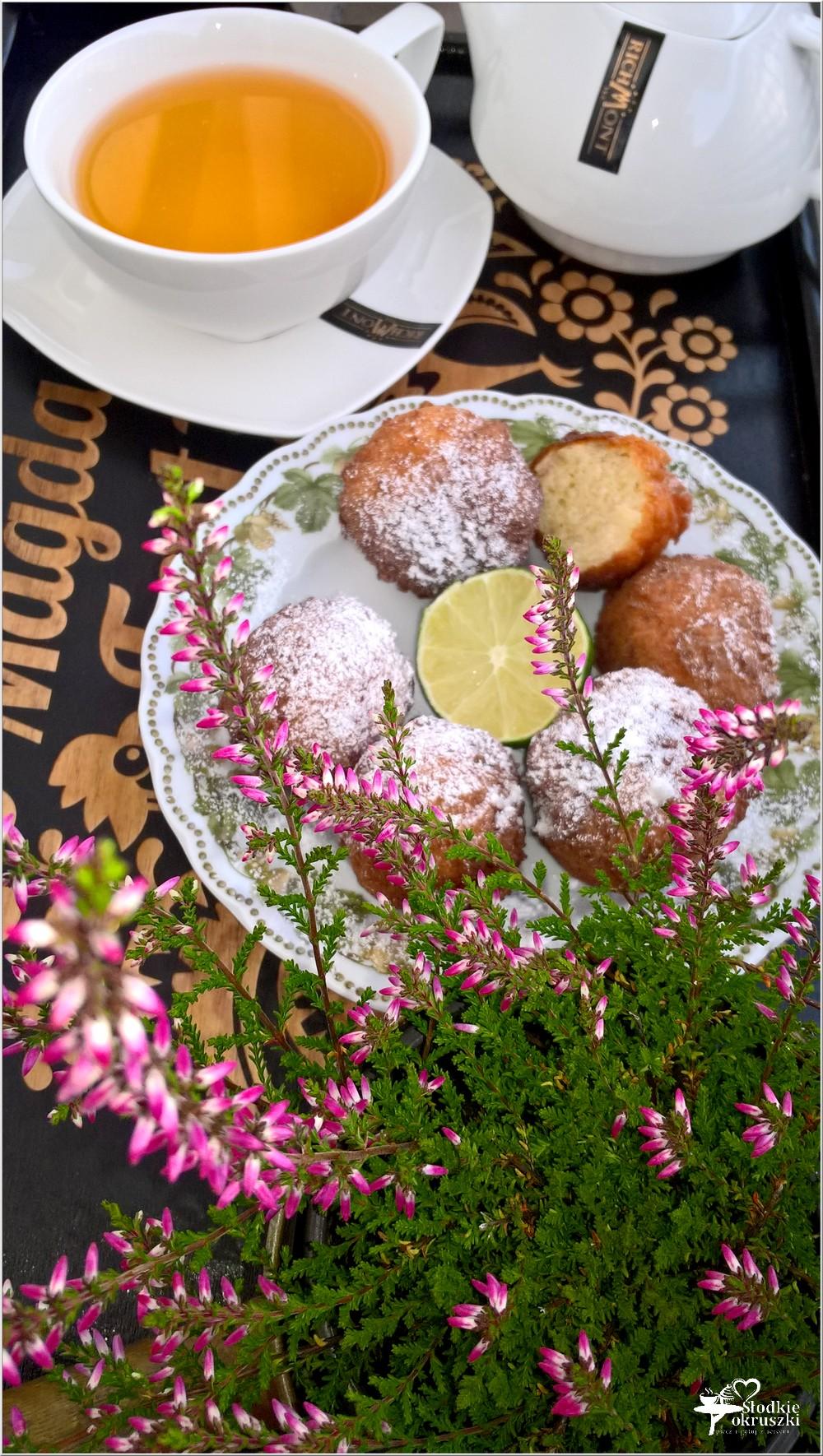 Serowo limonkowe pączki (1)