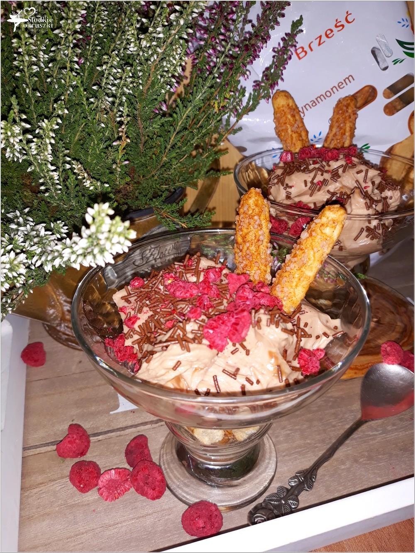 Czekoladowo-rumowy deser na bazie mascarpone (2)