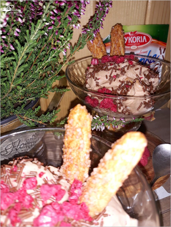 Czekoladowo-rumowy deser na bazie mascarpone (5)