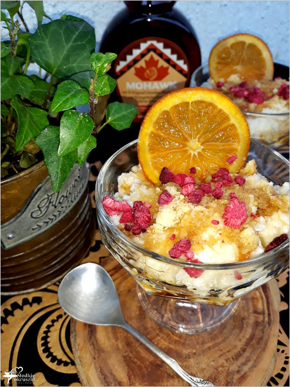 Szybki deser ryżowy z ananasem, pomarańczą i syropem klonowym (2)