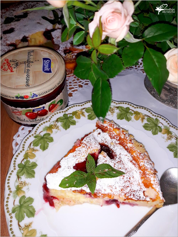 Waniliowy sernik budyniowy ze słodką wisienką (3)