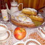 Korzenno miodowe ciasto jabłkowe