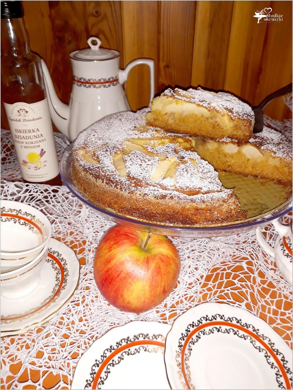 Korzenno miodowe ciasto jabłkowe (2)