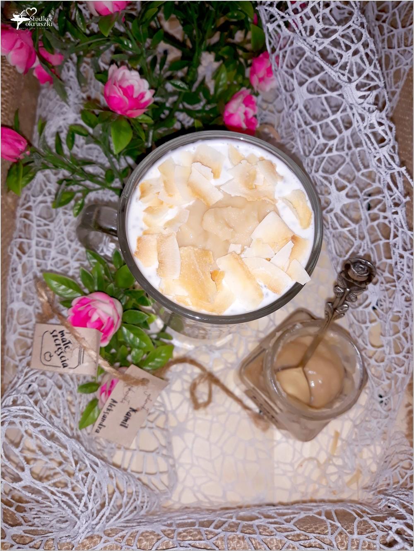 Pudding chia z białym jabłuszkiem i kokosową nutą (3)