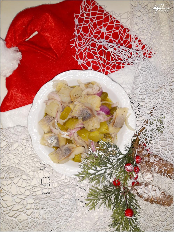 Świąteczny śledzik z ogóreczkiem w oleju rydzowym (2)