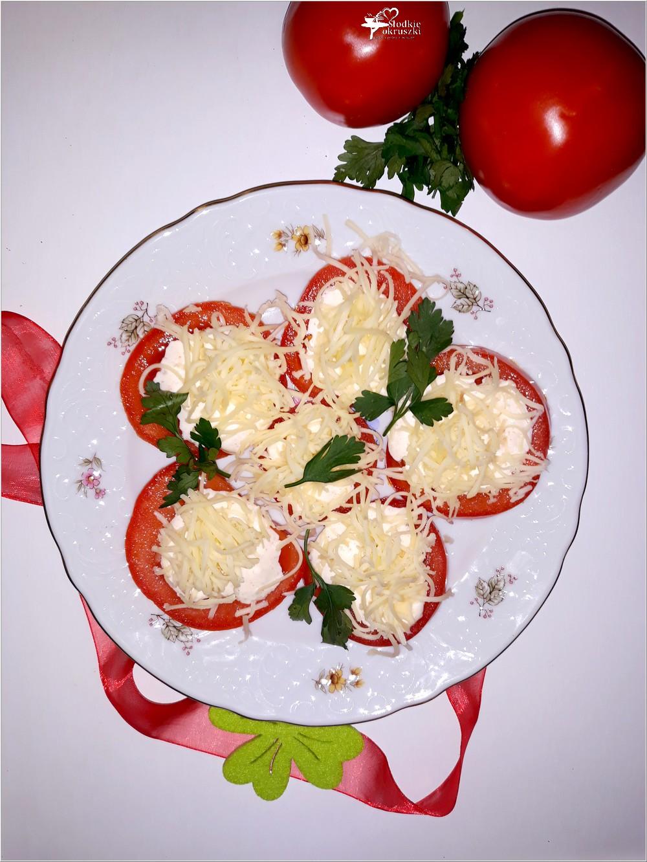 Imprezowa przekąska. Pomidorki z serem i sosem czosnkowo-ziołowym (3)