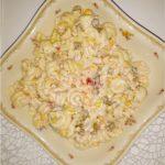 Imprezowa sałatka makaronowa z serem i mieszanką meksykańską