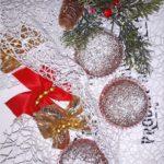Kakaowe babeczki z kandyzowaną wisienką