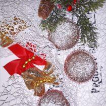 Kakaowe babeczki z kandyzowaną wisienką (1)