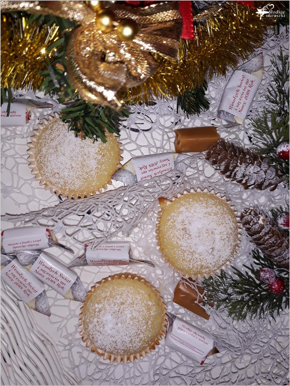 Pomarańczowe muffinki z krówką (2)