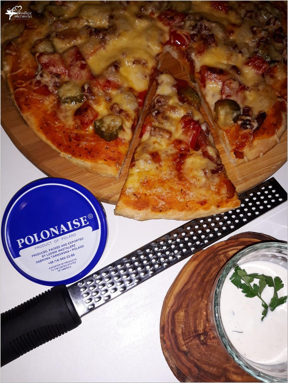 Prosta sylwestrowa pizza i szybki sos chrzanowy (3)