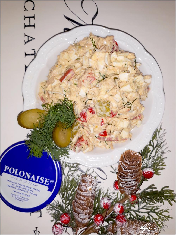 Sałatka z tuńczykiem, marynowaną papryką i ogórkami (4)