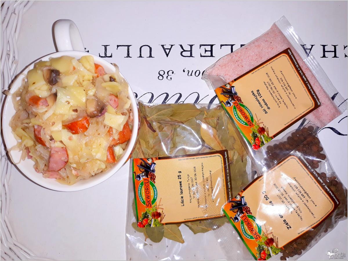 Łazanki z kiszoną kapustą, boczkiem i kabanosem (2)
