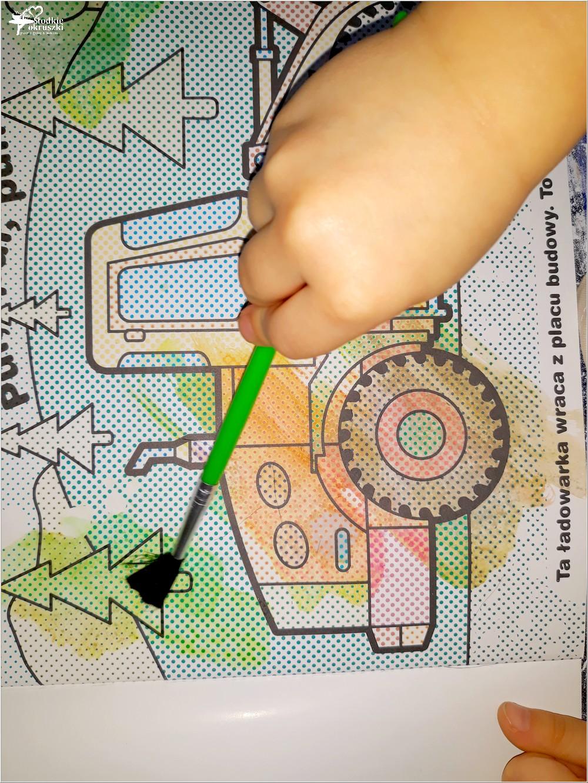 Jak spędzić czas z dziećmi w deszczowy dzień Książeczki z serii Malowanie wodą Wyd. AWM (6)