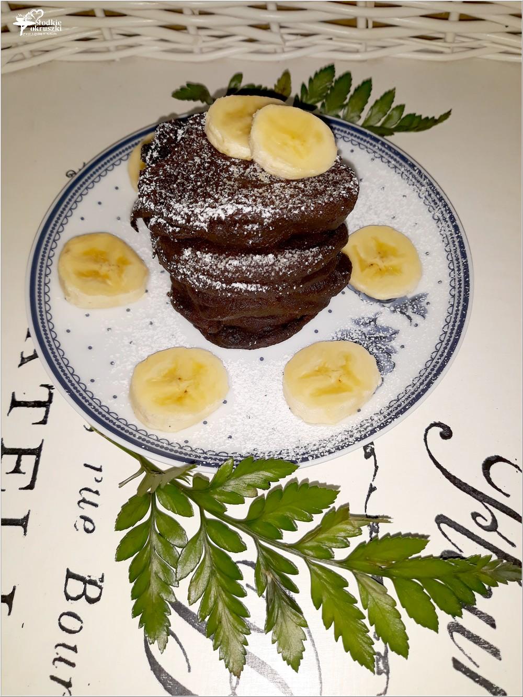 Zdrowe czekoladowe placuszki z mąki konopnej (2)
