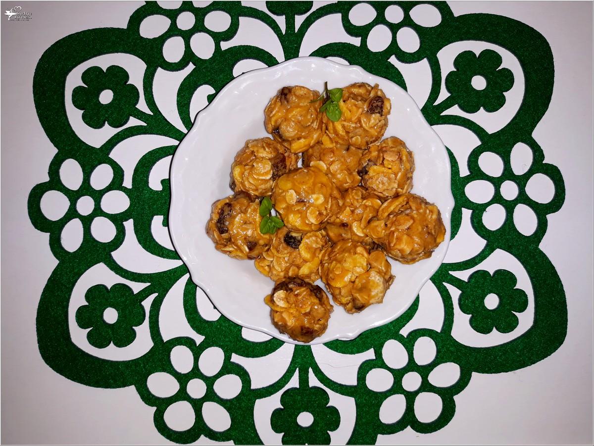 Kuleczki musli z masłem orzechowym (3)