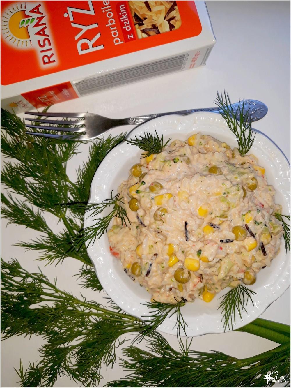 Ryżowa sałatka z tuńczykiem, brokułem i mieszanką meksykańską (3)