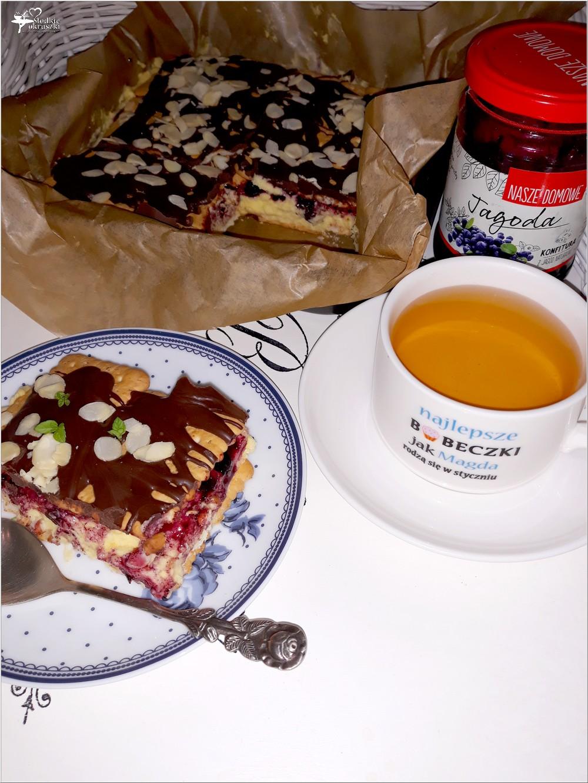 Szybkie ciasto karpatkowo-jagodowe. Prosty deser bez pieczenia (5)