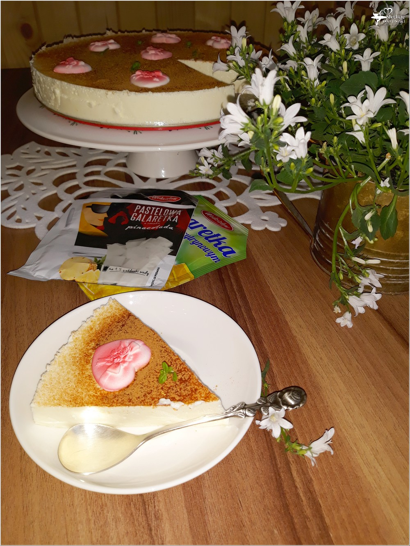 Walentynkowy sernik pinacolada (3)