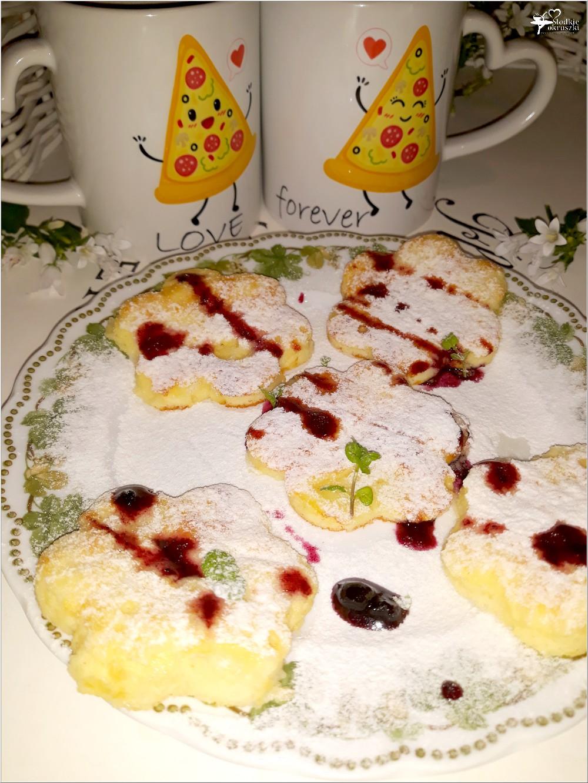 Waniliowe kwiatuszki na walentynkowe śniadanie (3)