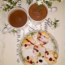 Waniliowe kwiatuszki na walentynkowe śniadanie (4)