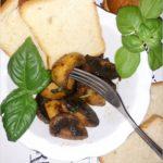 Czosnkowo-bazyliowe pieczarki na maśle