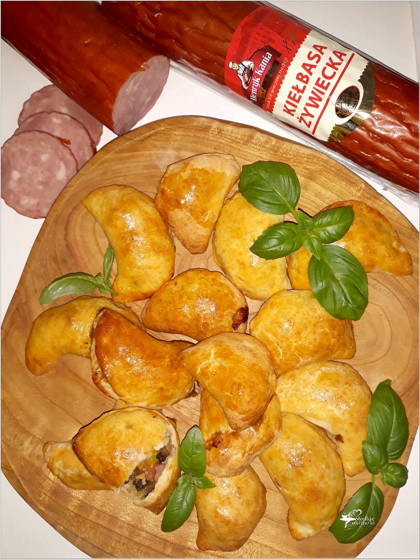 Drożdżowe pierożki (pieczone). Idealne na obiad lub przyjęcie (2)