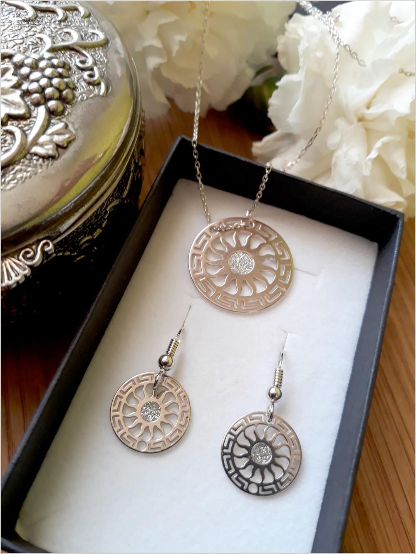 Piękno, szyk, elegancja. Biżuteria ze sklepu jubilerskiego Skarbiec Srebra (część Mennicy Bydgoskiej) (2)