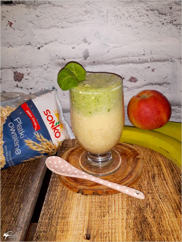 Dwukolorowe smoothie z płatkami owsianymi, szpinakiem i ananasem (2)