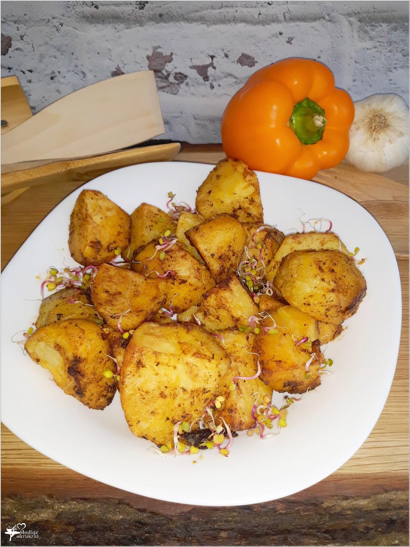 Pieczone czosnkowo-paprykowe ziemniaczki (1)