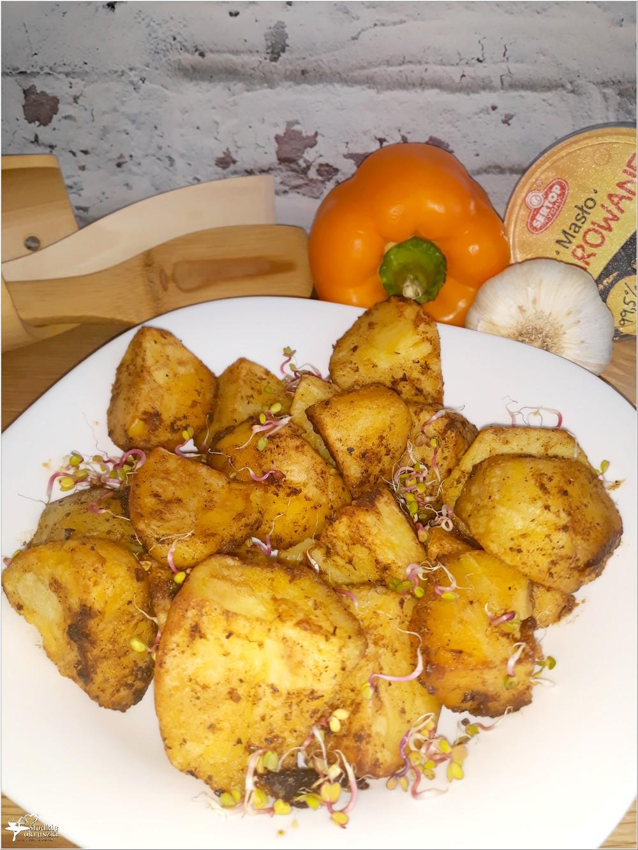 Pieczone czosnkowo-paprykowe ziemniaczki (3)
