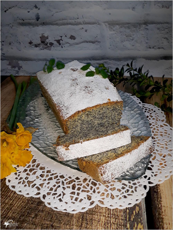 Wilgotne ciasto z makiem (1)