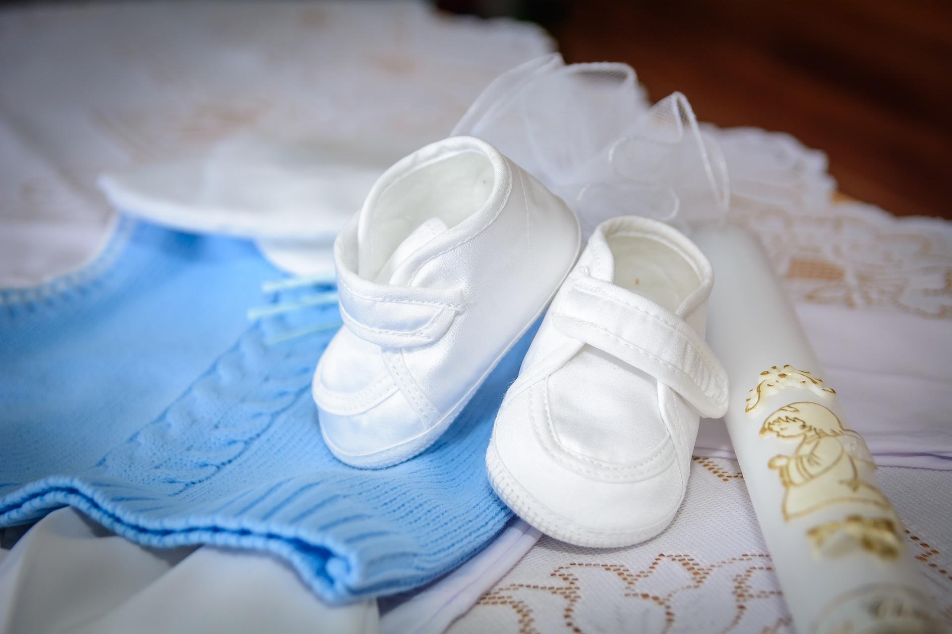 Jaki prezent wybrać na chrzciny dziecka