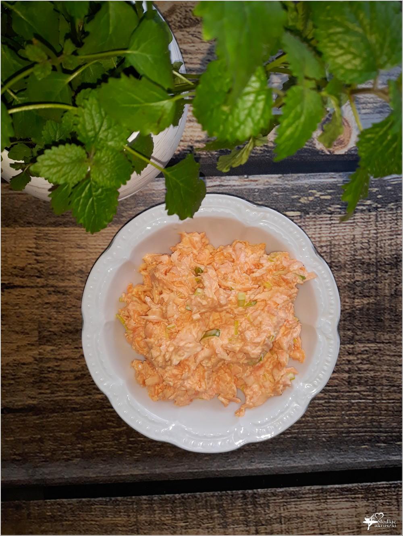 Pyszna surówka obiadowa (z marchewki) (1)