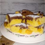 Szybkie ciasto z owocami - ekstrakt waniliowy, kakao i brzoskwinie