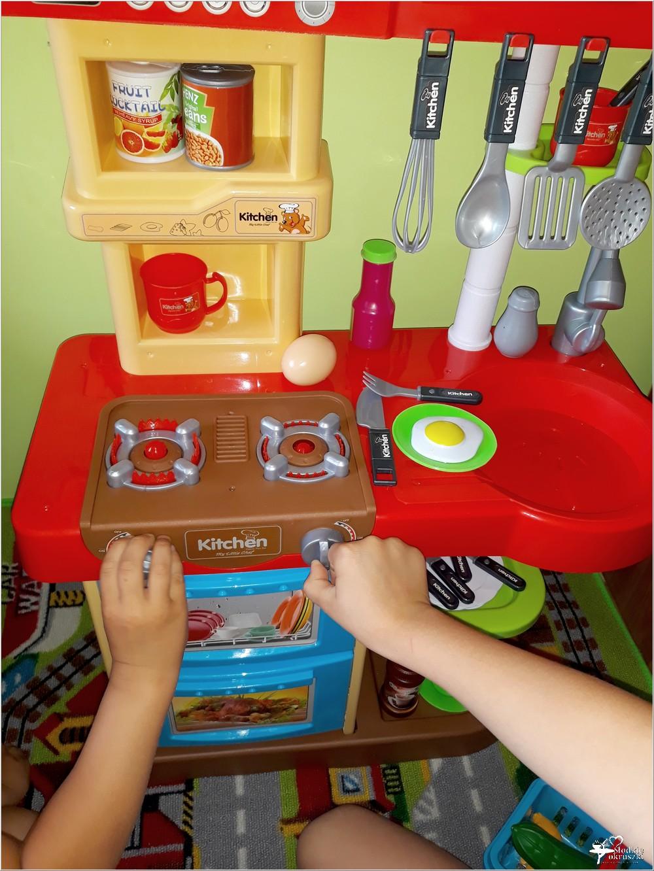 Najlepsza zabawka dla moich dzieci Interaktywna Kuchnia My Little Chef Made