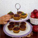 Wilgotne czekoladowe babeczki z cukinią