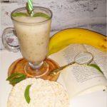 Zdrowe i orzeźwiające smoothie na wodzie kokosowej