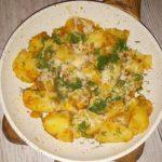 Smażone ziemniaczki z serem, koperkiem i przyprawami