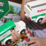 Jak dziecko poznaje świat logistyki – Klocki Blocki RABEN