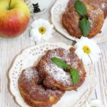 Jabłka w pełnoziarnistym cieście cynamonowym z nutą imbiru