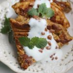 Omlet z syropem daktylowym