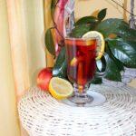 Herbata z syropem malinowym i cynamonem