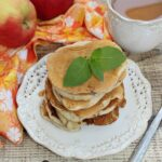 Placuszki z jabłkiem na maślance