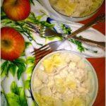Makaron w lekkim kokosowo-cynamonowym sosie z jabłkiem